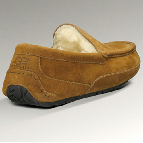 Mens Ascot S/N 5775 Suede Ugg Flats - Chestnut